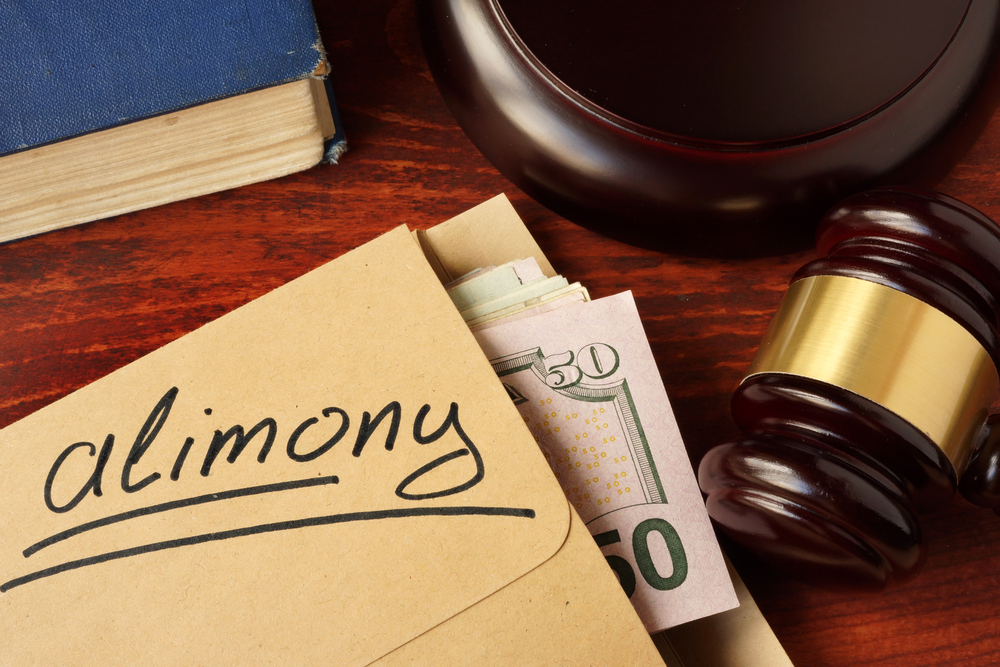 shutterstock 526811452 - How Does Alimony Work?